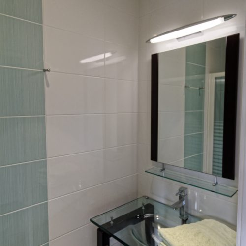 Location gite Paimpol La capitainerie salle d'eau
